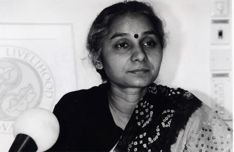 Narmada Bachao Andolan's activists including Medha Patkar released unconditionally on Uma Bharti's request.
